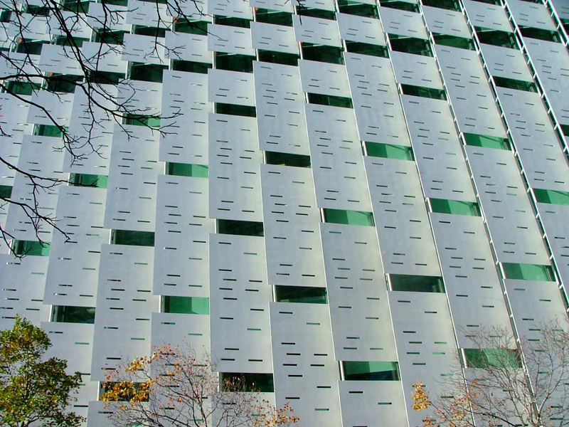 AUT-Business-School-GRC-Sunshades-&-Precast-Panels